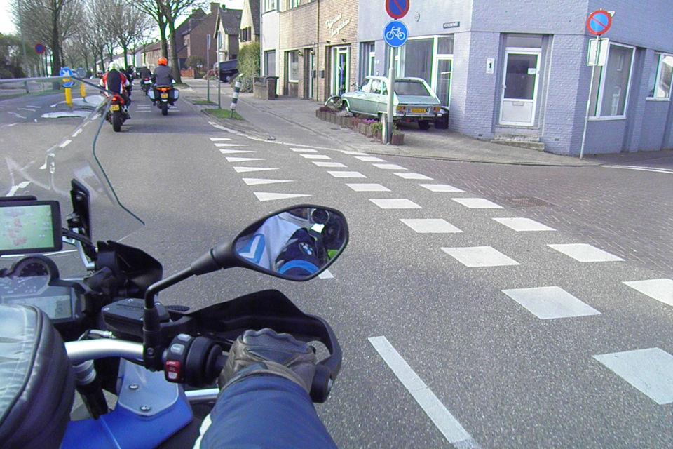 Motorrijbewijspoint Bergen op Zoom theorie cursus online